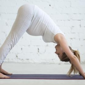 Ayuda a fortalecer las extremidades inferiores y el suelo pélvico